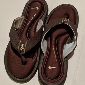 Brown comfort footbed Nike flip flops